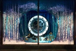 best-window-displays_harrods_2014_christmas_the-land-of-make-believe_06