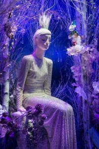 best-window-displays_harrods_2014_christmas_the-land-of-make-believe_09