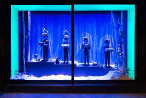 best-window-displays_harrods_2014_christmas_the-land-of-make-believe_11
