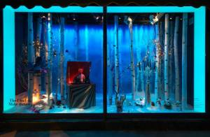 best-window-displays_harrods_2014_christmas_the-land-of-make-believe_13